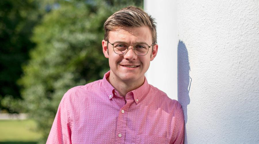 Photo of Ian Skarring, Class of 2018 and Accounting major and Economics minor